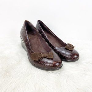 Vionic Brown Print Leather Comfort Wedges